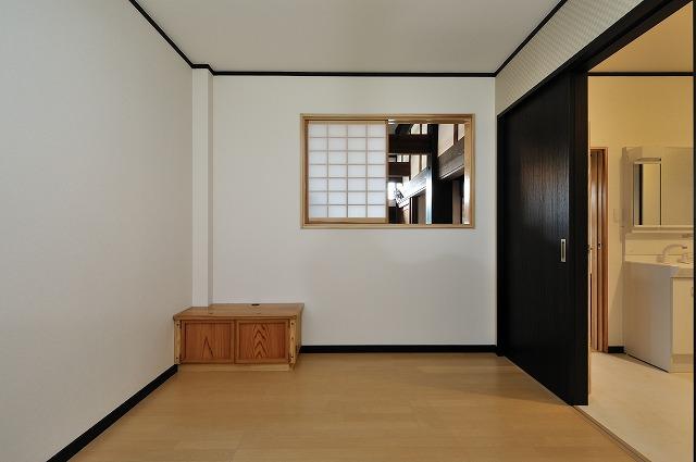 洋室(2)大工造りのテレビ台